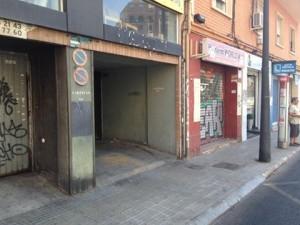 Avenida Pérez Galdos, aberración para los transeuntes